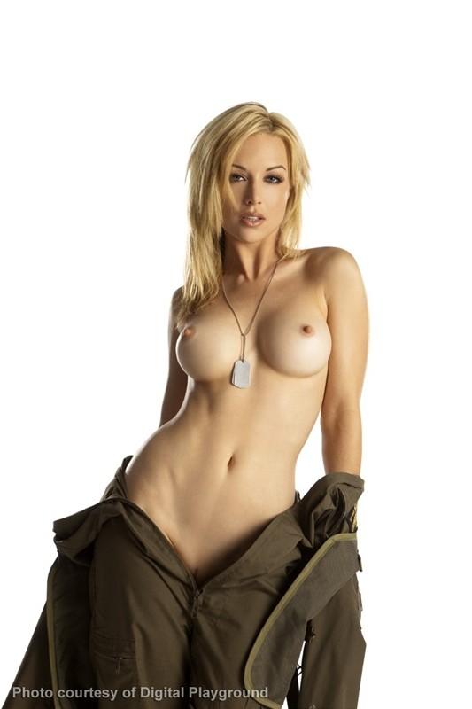 top gun girl nude