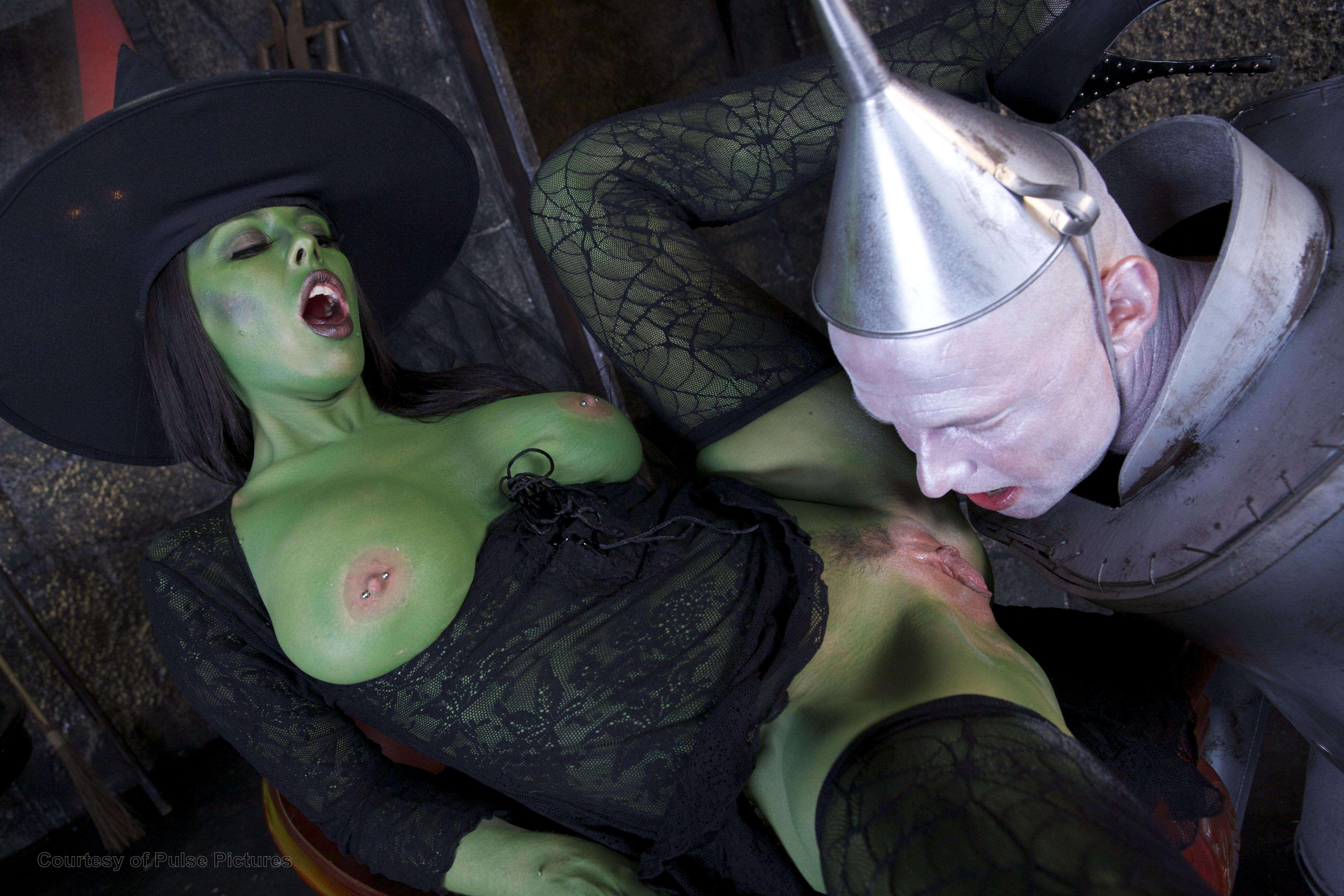 wizard of oz porn parody